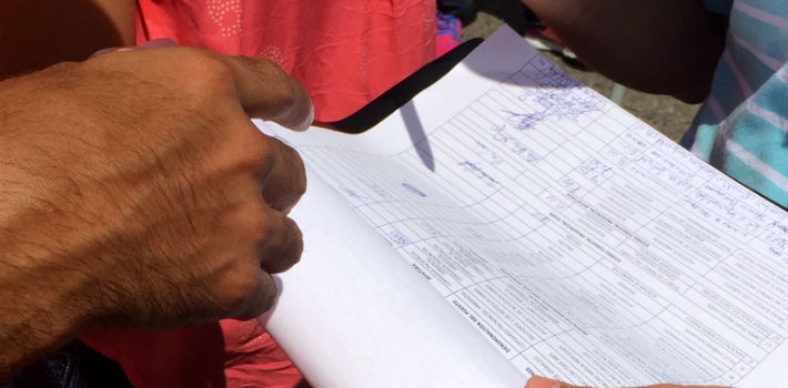 Officials from different public institutions of Ecuador were forced to attend the government's Labor Day demonstration. Employees of the Prefecture of Guayas even had to sign an attendance log. <em>(PanAm Post)</em>